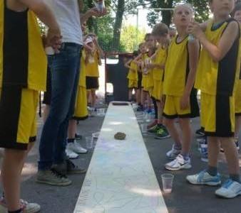 Dan košarke z Miki športom